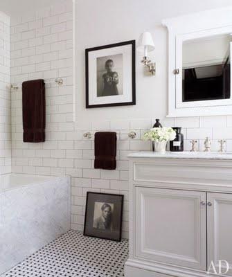 badevaerelse-fliser-galleri-hvid-toilet-indretning-bolig-colorama ...