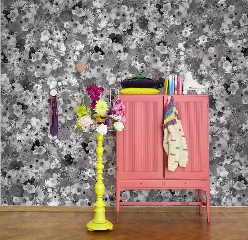 Tapet-fotostat-stof-indretning-boligindretning-wallpaper-vaegtaeppe-blomster-grafisk-sort-hvid