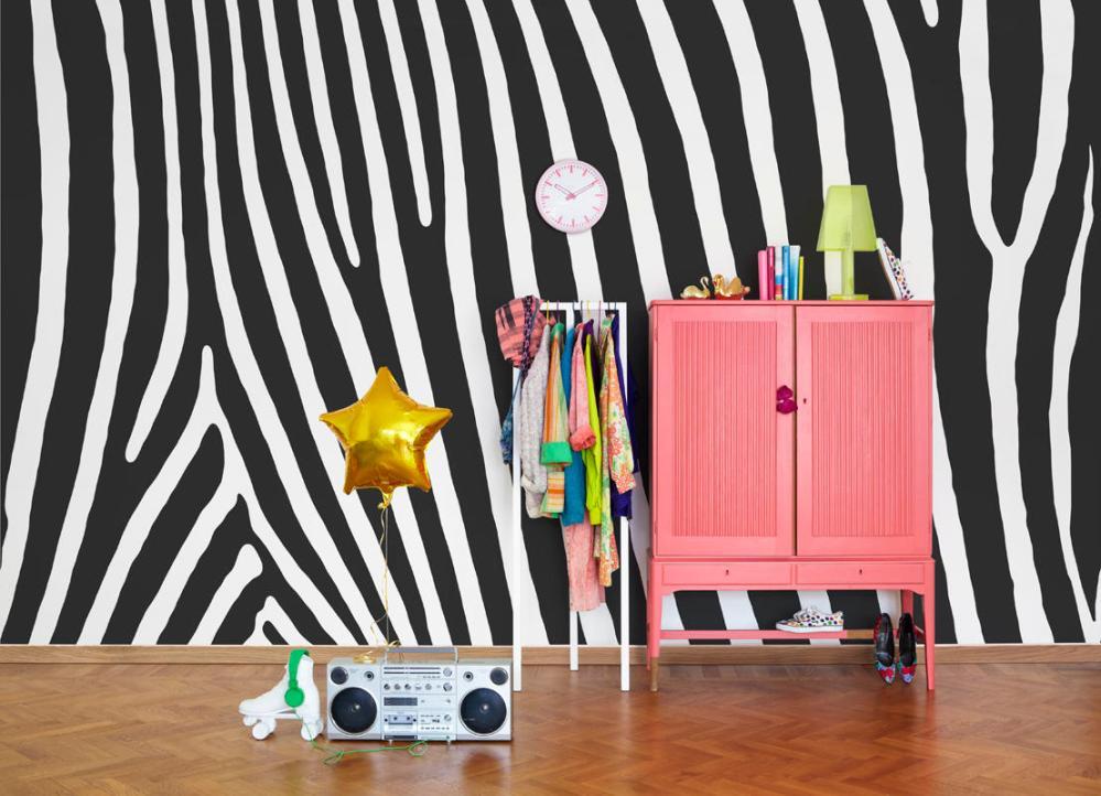 Tapet-fotostat-stof-indretning-boligindretning-wallpaper-vaegtaeppe-zebra