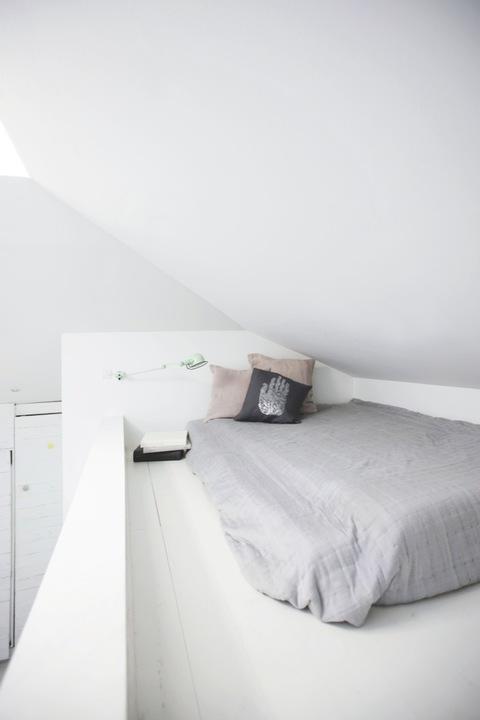 indretning-sommerhus-indretning-boligindretning-boligstylist-he,s-sovevaerelse-seng