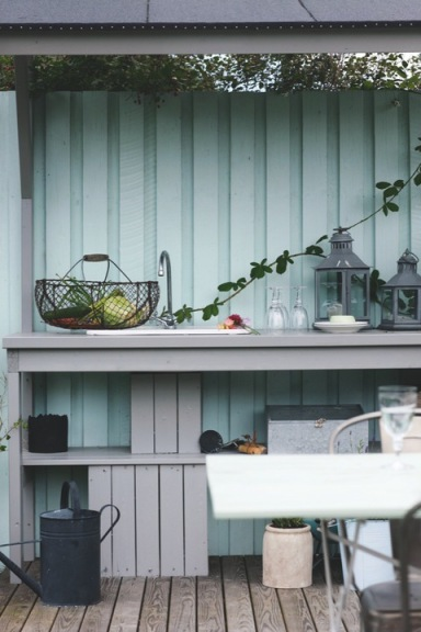 indretning-sommerhus-indretning-boligindretning-boligstylist-udekoekken-have
