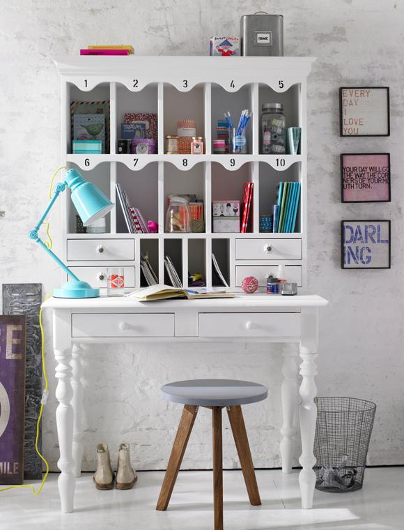 teenager-vaerelse-indretning-bolig-pige-pigevaerelse-ungdom-indret-skrivebord