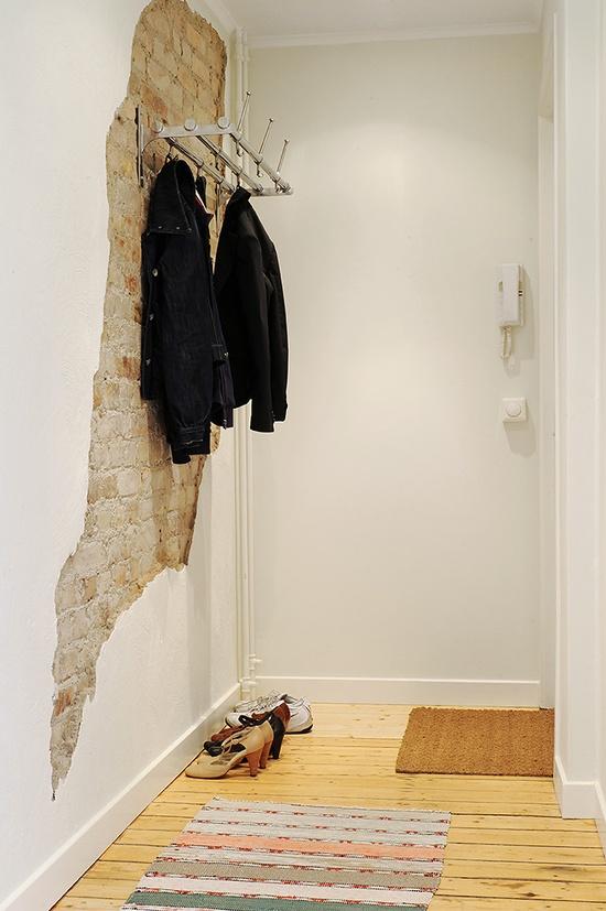 detalje-indretning-entre-hall-knage-tapet-bolig