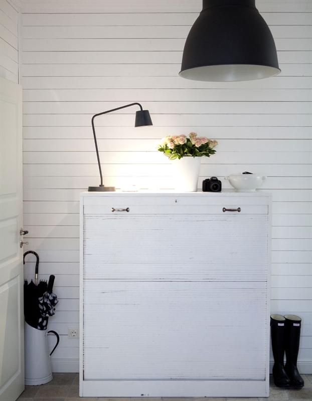 lampe-pendel-industrilampe-look-belysning-sort-metal-entré-indretning-interior