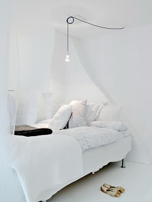 hvidt-hvid-indretning-interior-sengetoej-sovevaerelse-bedroom