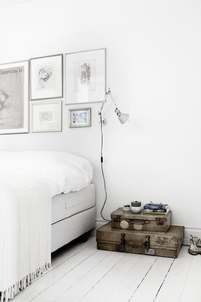 hvidt-hvid-indretning-interior-sovevaerelse-bedroom-sengetoej