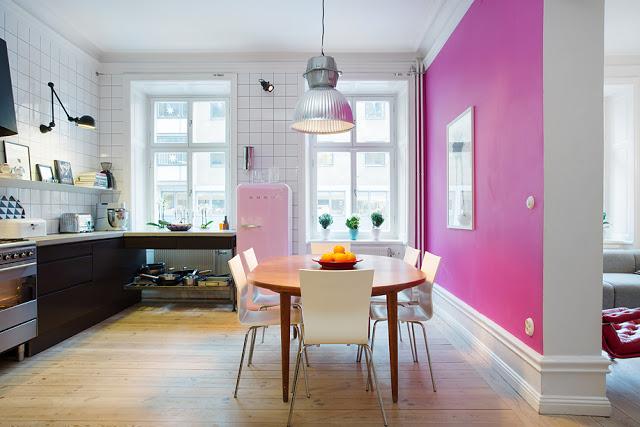 Et køkken med suprise væg