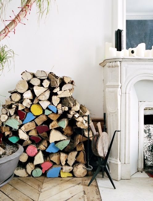 detalje-maling-braende-indretning-pejs-stue