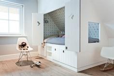 skunk-skraa-vaeg-indretning-pigevaerelse-boernevaerelse