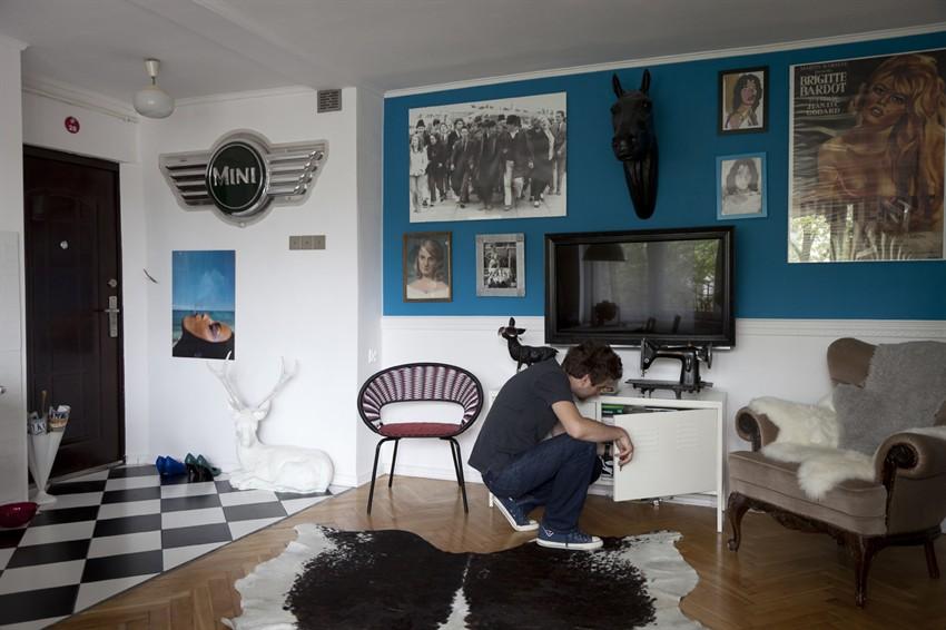 living-room-turkis-blaa-vaeg-maling-indrenting