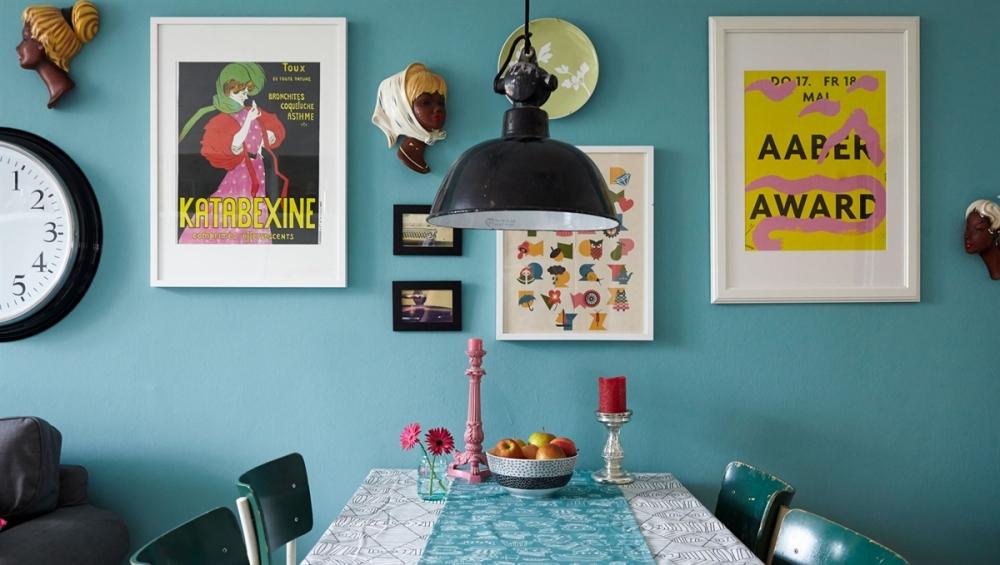 turkis-stue-vaeg-maling-indretning-colorama