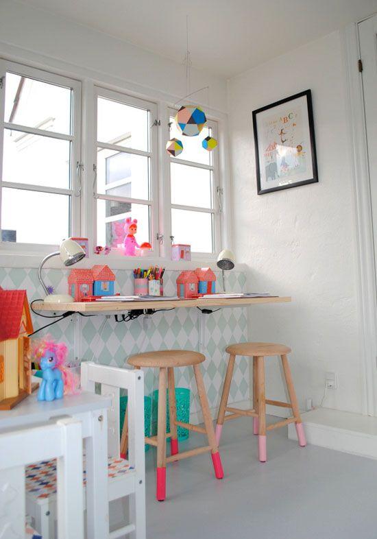 indretning-colorama-boernevaerelse-maling-skammel