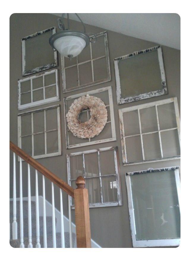vinduer-hvide-væg-trappe