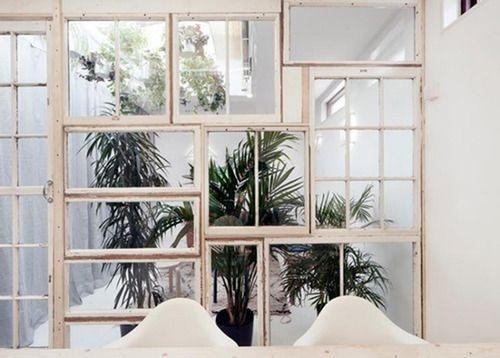 vinduer-hvide-væg