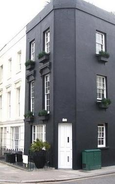 sort-facade-maling-hus