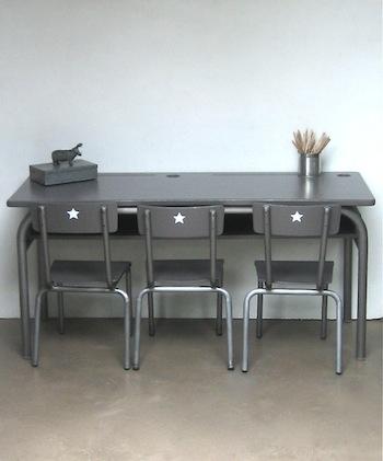 indretning-boernevaerelse-stol-bord-boern