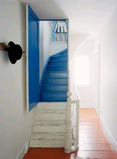trappe-male-maling-paint-stairs