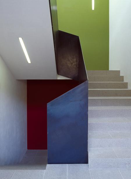 strata-hotel-by-plasma-studio