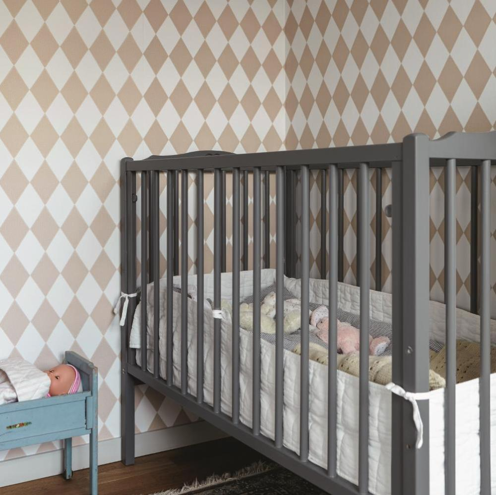 beckers-childrensroom-creme5167-grafit5-himmelsbla742-home-at-the-hjort-family-sweden