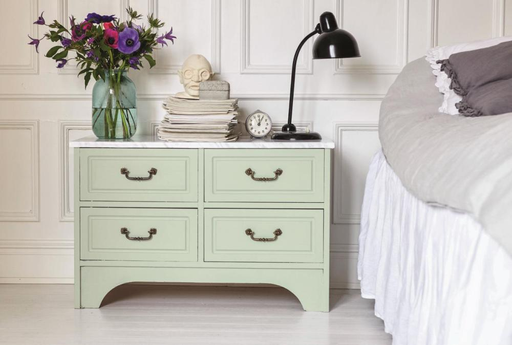 beckers-bedroom-varljus822-socker543-paint-furniture-trend-reuse-sweden_2